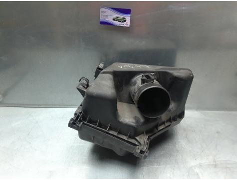 Корпус воздушного фильтра Toyota Avensis 3