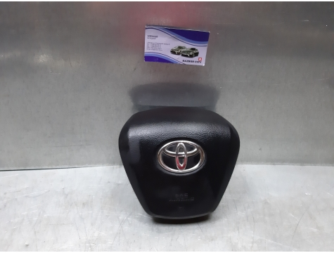 Подушка безопасности в руль Toyota Avensis 3