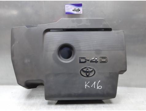 Крышка двигателя Toyota Avensis 3
