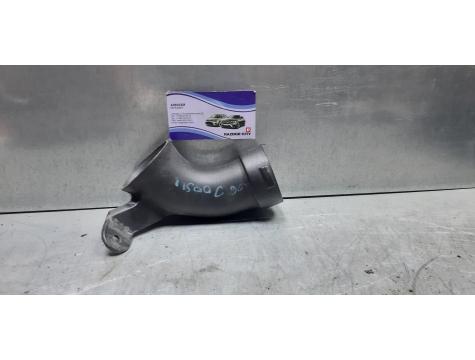 Патрубок интеркулера Toyota Avensis 3