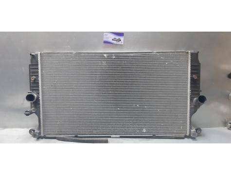 Радиатор основной  дизель Toyota Avensis 3  Toyota Avensis III T270 270 Т270 С 2008-2015гг