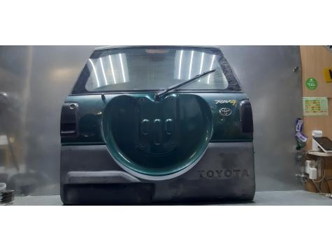 Крышка багажника в сборе   Toyota RAV 4  Тойота  Рав 4  1994-2000