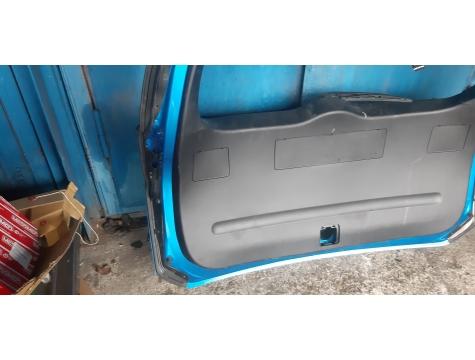 Крышка багажника Тойота Рав4 2015-2018