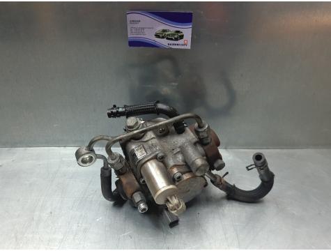 Топливный насос тнвд Toyota Avensis 3