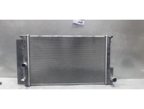 Радиатор основной  бензин Toyota версо Toyota Verso 2009-2017 бензин