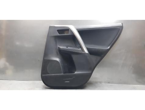 Обшивка двери  Toyota RAV 4 Тойота рав 4 40 кузов 2013-2018г