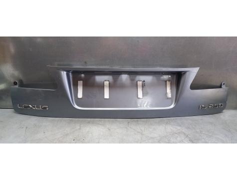 Накладка крышки багажника Lexus IS 250 2005-2009 Луксус ИС 250 2005-2009 г LE01