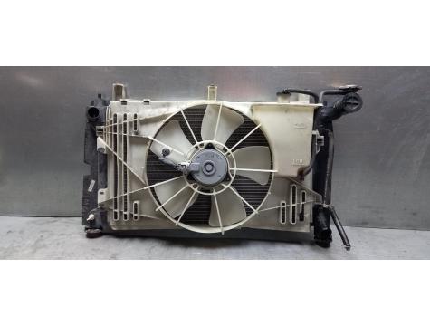 Кассета радиаторов в сборе (автомат ) Toyota Avensis 2 2003-2008 AV02