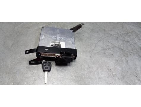 Блок управления двигателем Toyota Avensis 2 2003-2008 AV02
